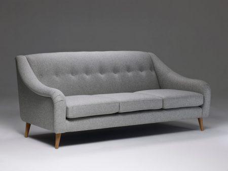 Model 2 Large Retro Buttoned Sofa